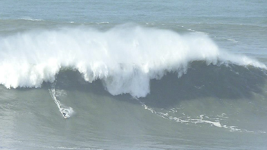 surfing porto portugal